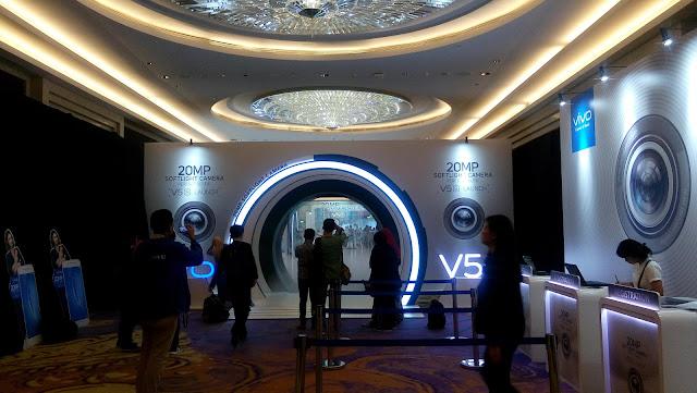 Acara Vivo V5s Launch di lantai 11 Hotel Raffles