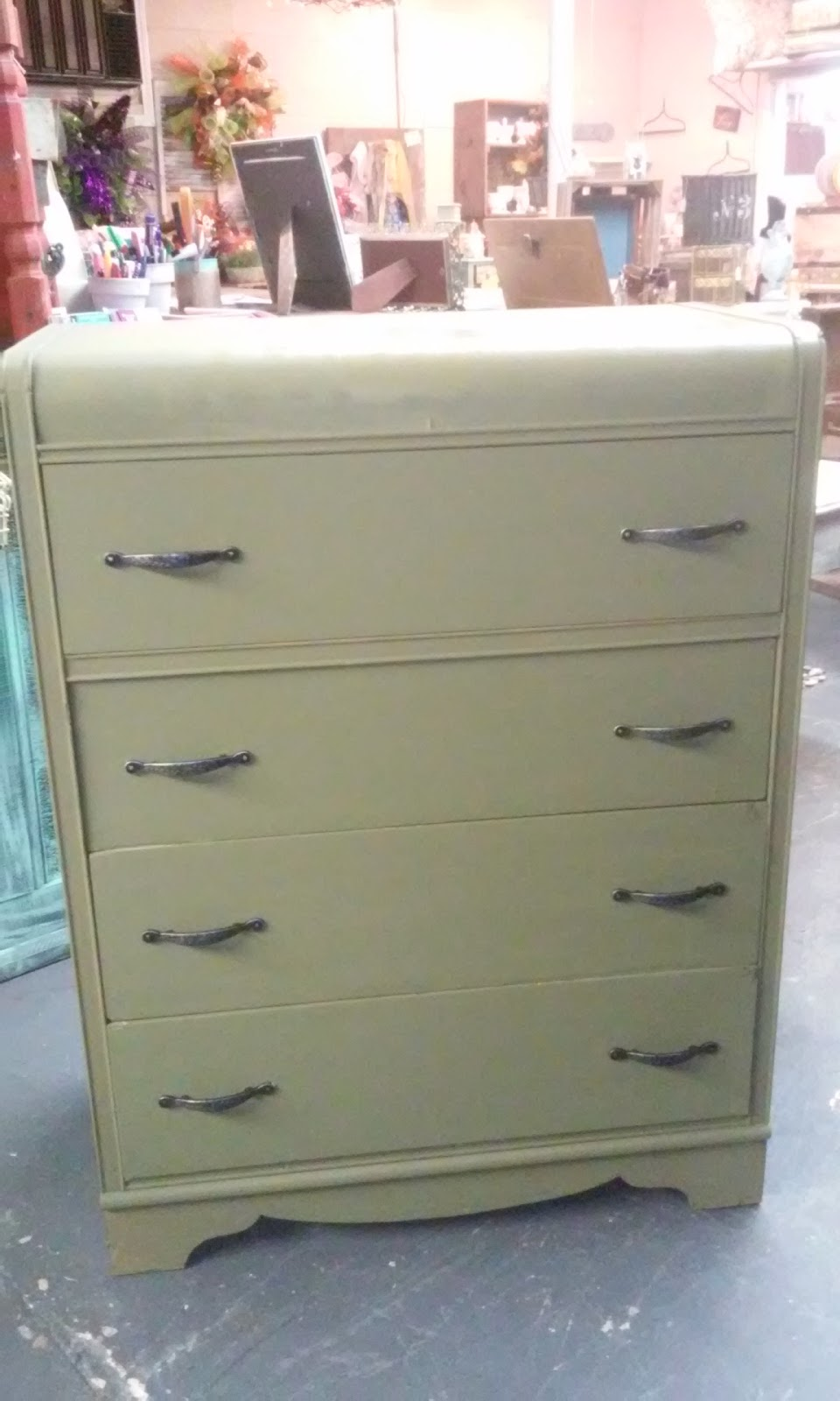 Tool Chest Dresser Makeover: Thrifty Little Things: Annie Sloan Chalk Paint Projects