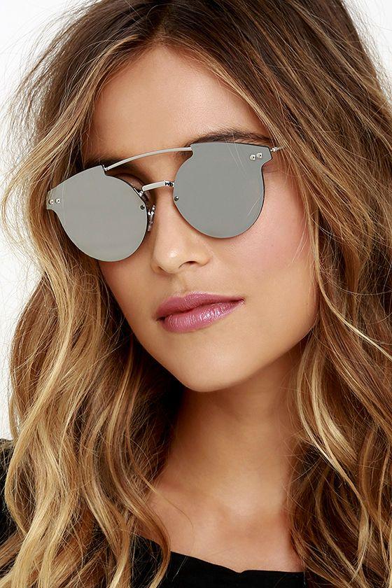 4e7f8b3e2 Para quem, assim como eu, adora, temos um novo modelo para conquistar os  olhinhos por aí; os flat sunnies - modelos de lentes retas, quase sempre  espelhadas ...