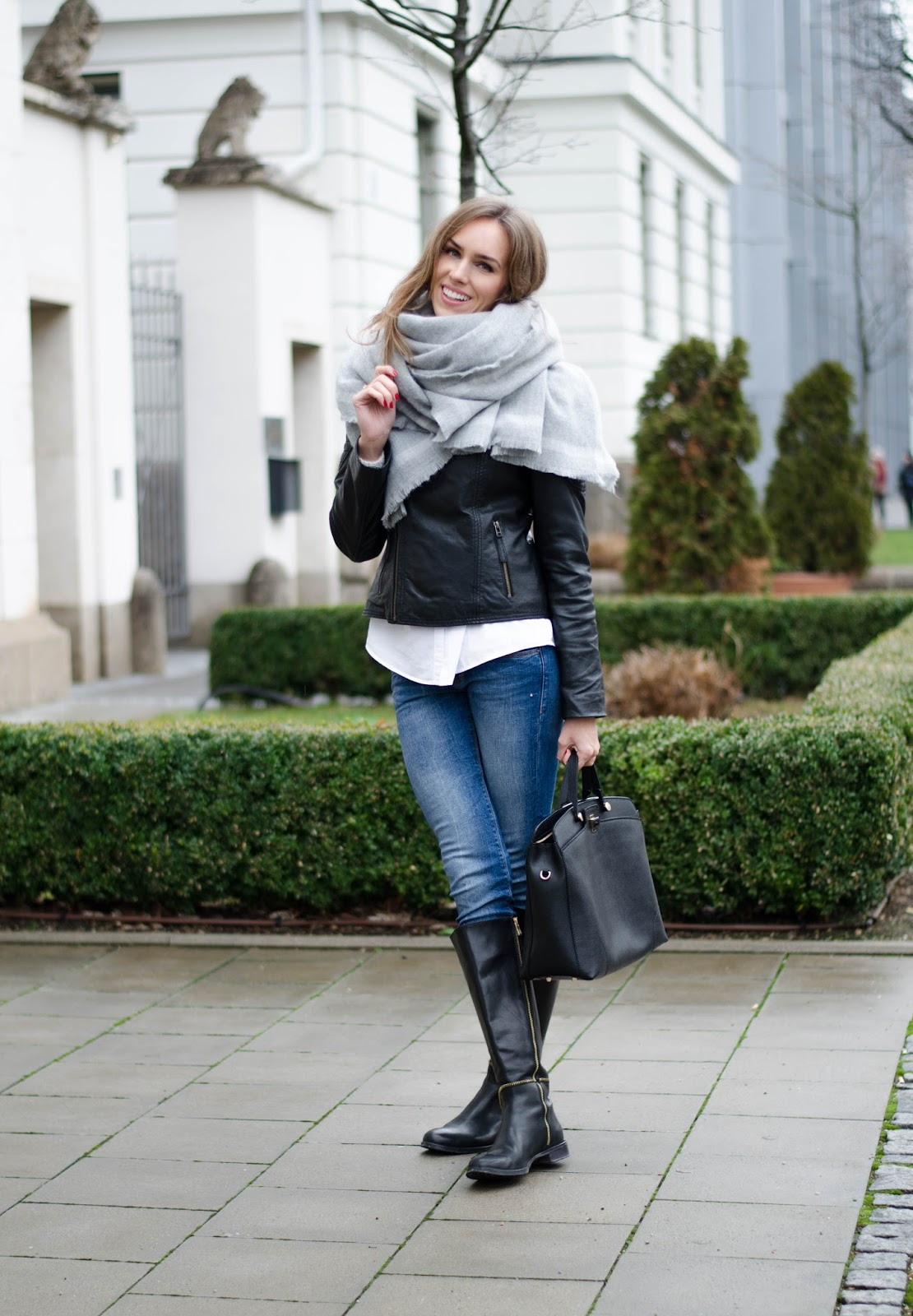 kristjaana mere winter style casual outfit with big scarf