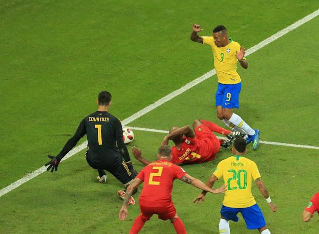 Brazil mất oan một quả penalty