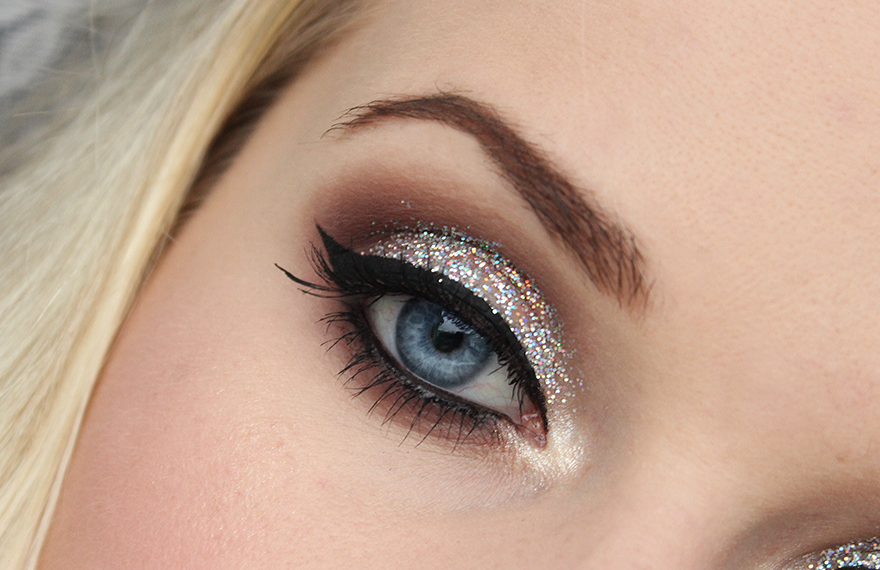 Quick Glittery Party Make Up