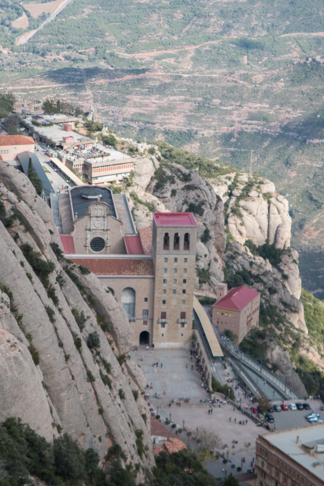 How to get to Montserrat Barcelona