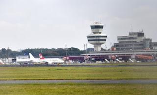 Σε τριμερή συνάντηση ΕΕ - Ελλάδας - Γερμανίας το ζήτημα των ελέγχων στα γερμανικά αεροδρόμια