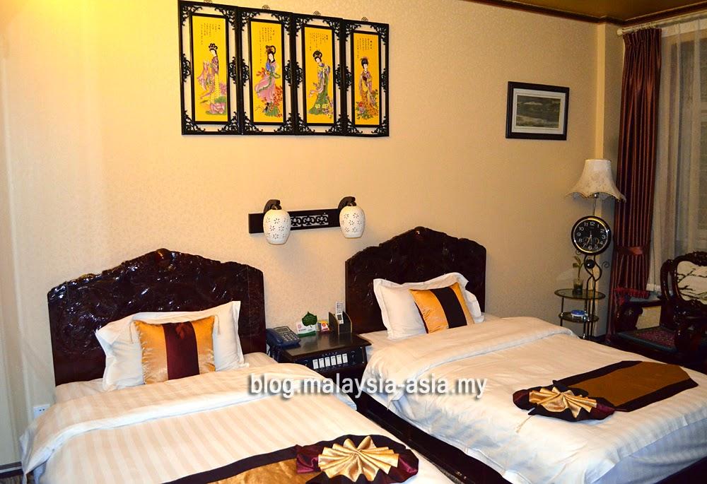 Hotel Room in Dali