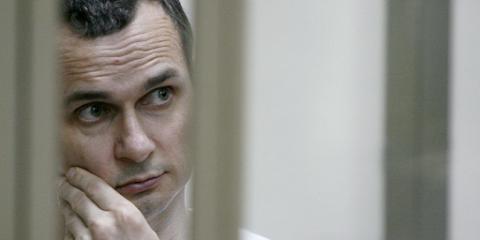 Oleh Szencov bebörtönzött ukrán rendezőnek ítélték oda idén az Európai Parlament Szaharov-díját