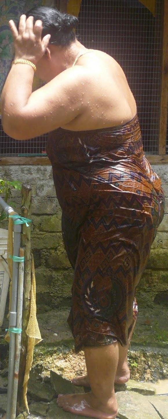Something Mallu aunty nude bothing theme