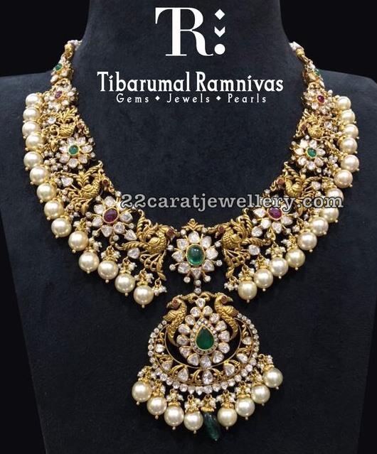 Floral Pachi Set by Tibarumal Ramnivas