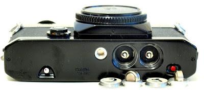 Canon EF, Bottom