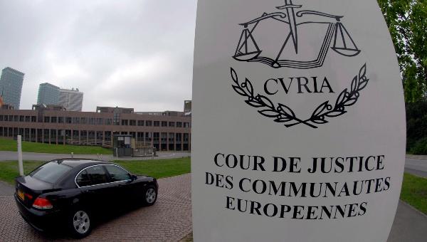 Justicia UE exige indemnizaciones iguales para los trabajadores