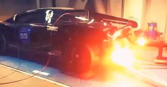 Η Ρώσικη Lamborghini των 2.000hp ουρλιάζει βγάζοντας φωτιές στο δυναμόμετρο [Video]