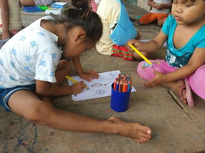 """""""Los niños y niñas del proyecto son muy cariñosos y tienen muchas ganas de aprender"""""""