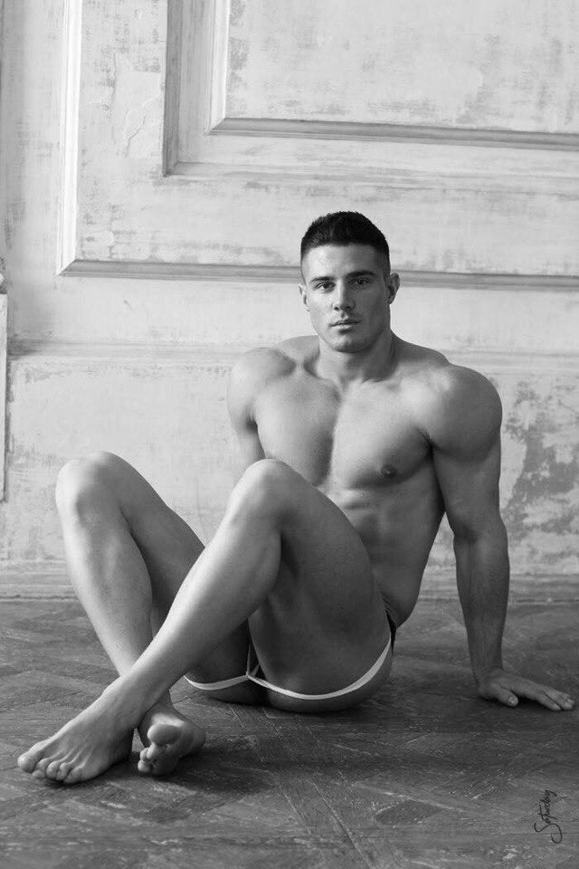 Dmitry Averyanov-6384