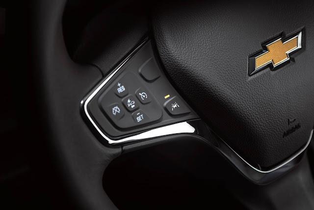 Novo Chevrolet Cruze 2017 - volante multifuncional