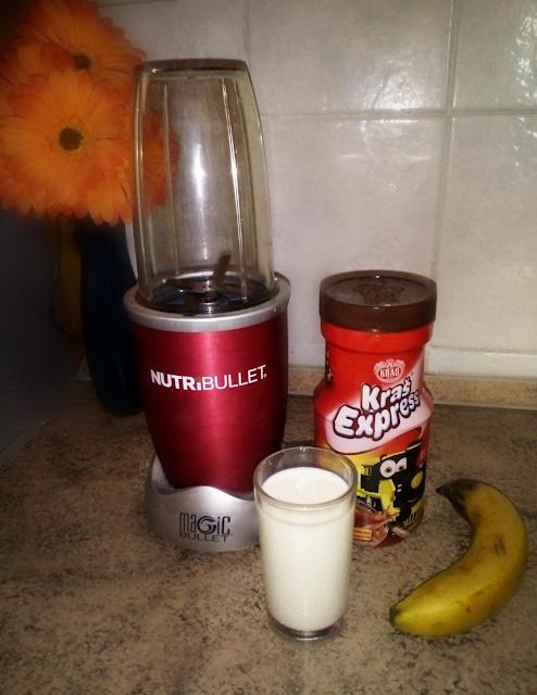bananko, tekući bananko, smoothie, napitak, recept, kakao, blender, nutribullet, banana, mlijeko, milkshake, winter, hot chocolate, vruća čokolada, sastojci, jednostavno, recipe, easy, shake, blend
