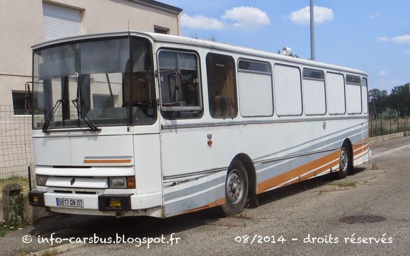 info cars bus renault s53 camping cars ex tourisme vernay. Black Bedroom Furniture Sets. Home Design Ideas