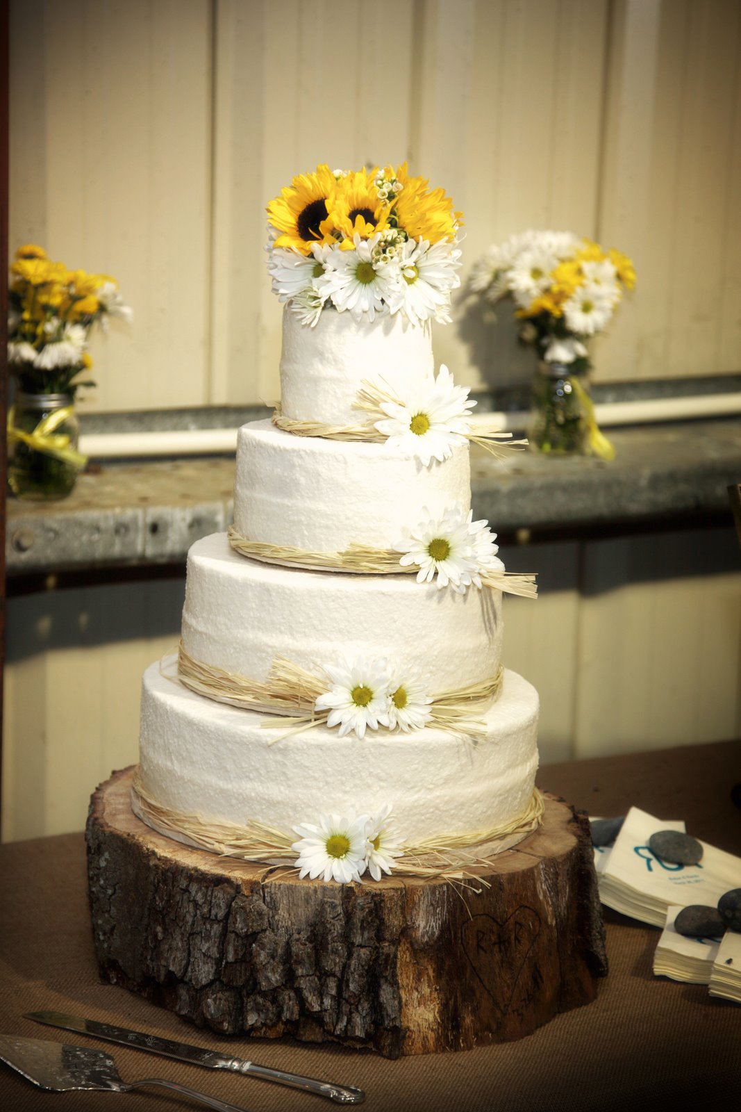 Wedding Cakes With Sunflowers And Daisies