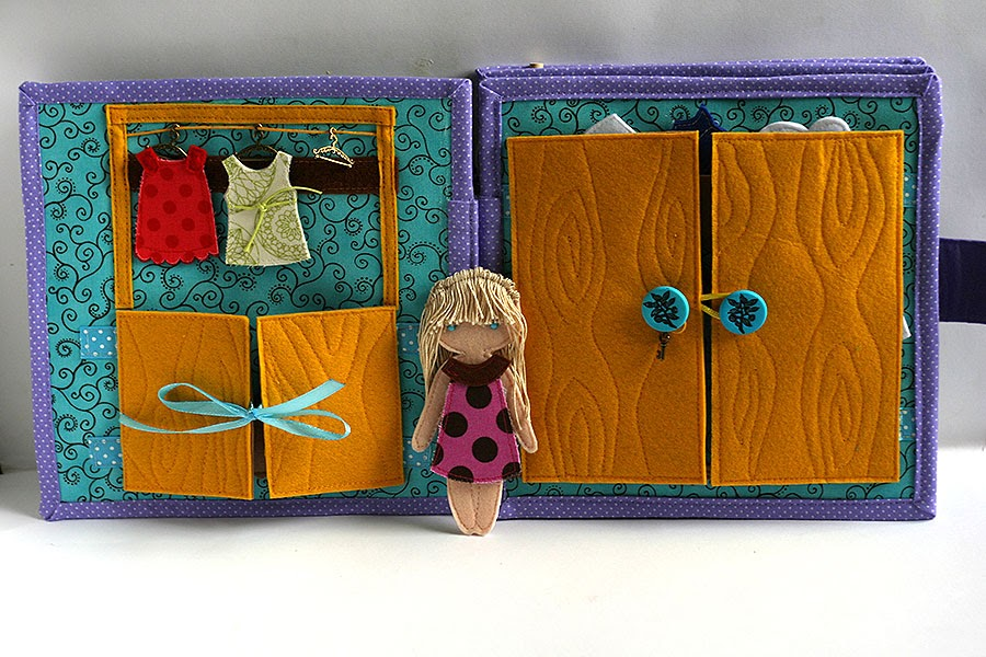 Dollhouse for Liberty, Quiet book by TomToy