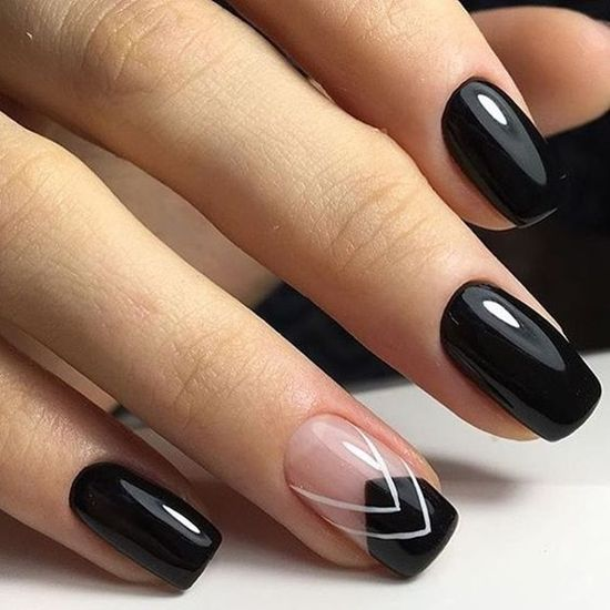 5 Popular Black Nail Arts Design #4