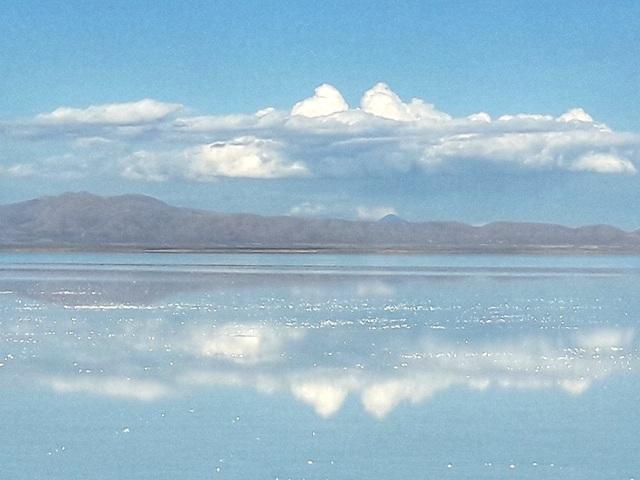 Espejo en el Salar de Uyuni  Memorias del Mundo Blog de