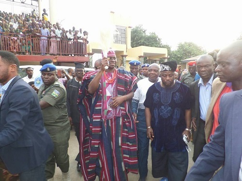 PHOTOS: ...As Gov. Fayose Welcomes The Ooni of Ife, The Ojaja 1 To Ekiti State Today