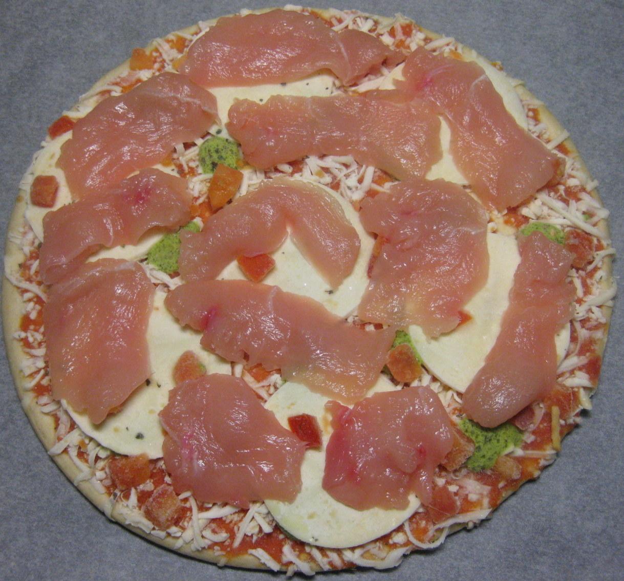 pizza med kylling og bacon