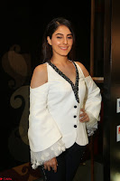 Isha Talwar Looks super cute at IIFA Utsavam Awards press meet 27th March 2017 13.JPG