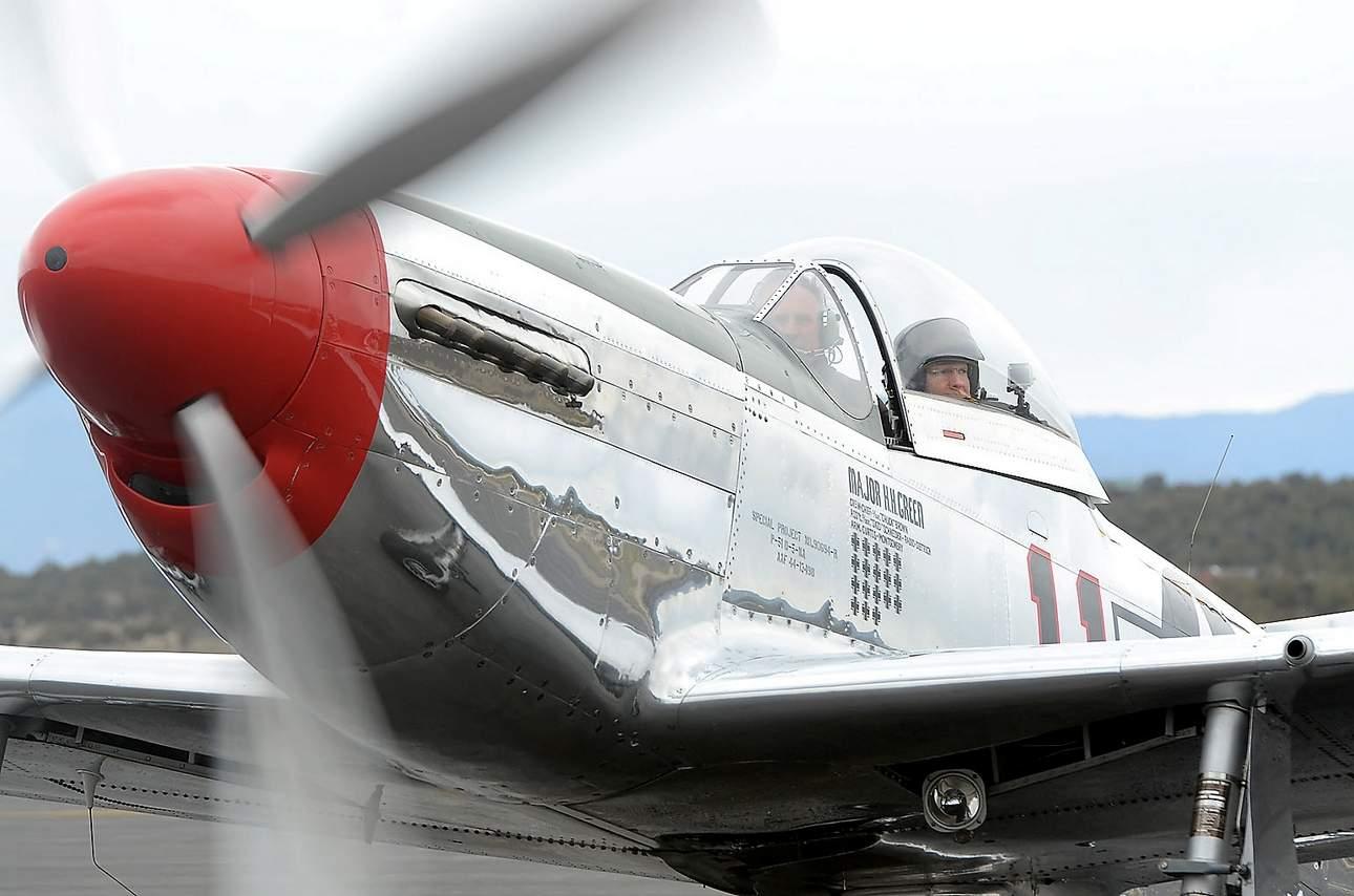Kathryn's Report: North American P-51D Mustang, N1451D