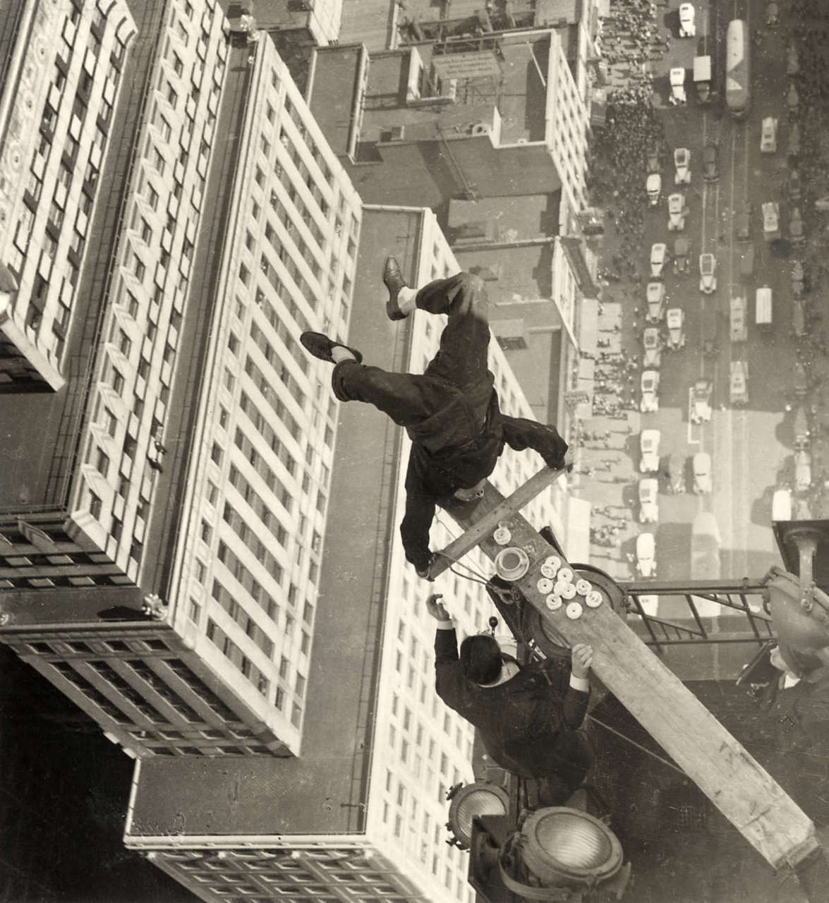 Working Atop On The Roof Of A Skyscraper 1939 Vintage