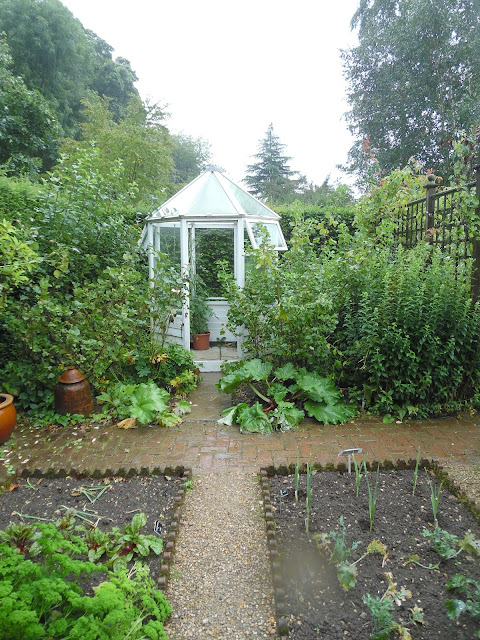 Gentleman's Cottage Garden, szklarenka