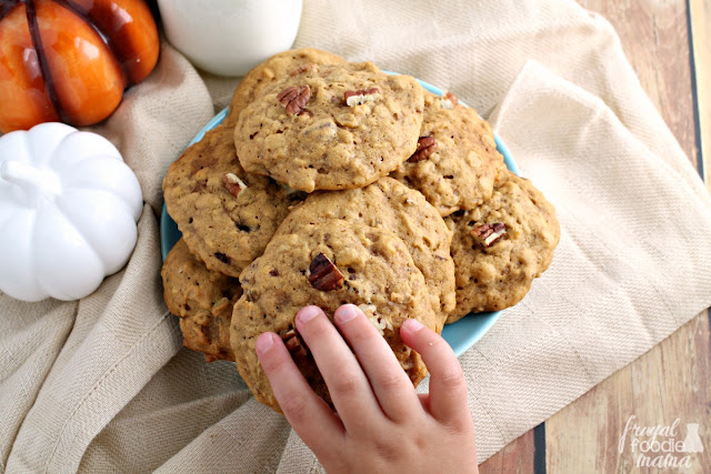 These Chai Pumpkin-Pecan Oatmeal Cookies are soft and thick packed full of creamy pumpkin flavor, warm chai spices, hearty oats, and crunchy pecans.