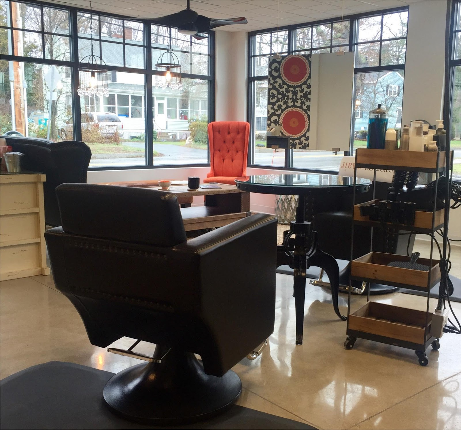Bedford mass what 39 s new in retail the orange chair for Salon orange