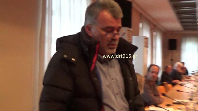 Αποχώρησε ο Ανδρέας Πουλάς από τη συνεδρίαση με θέμα την κωνωποκτονία στο ΠεΣυ Πελοποννήσου (βίντεο)