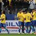 Em dia de ovação a Tite, Neymar desencanta contra Paraguai, Brasil fica perto da Copa