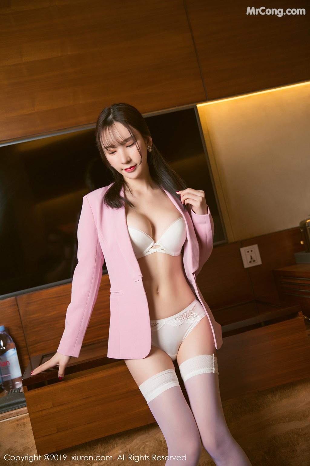 Image XIUREN-No.1391-Zhou-Yuxi-Sandy-MrCong.com-022 in post XIUREN No.1391: Zhou Yuxi (周于希Sandy) (51 ảnh)