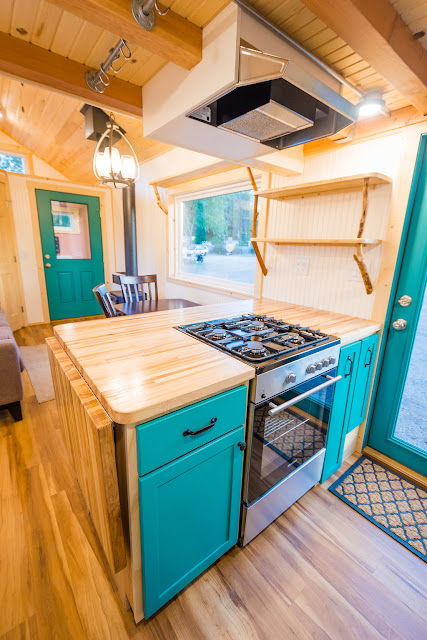 Laura's Mitchcraft Tiny Home