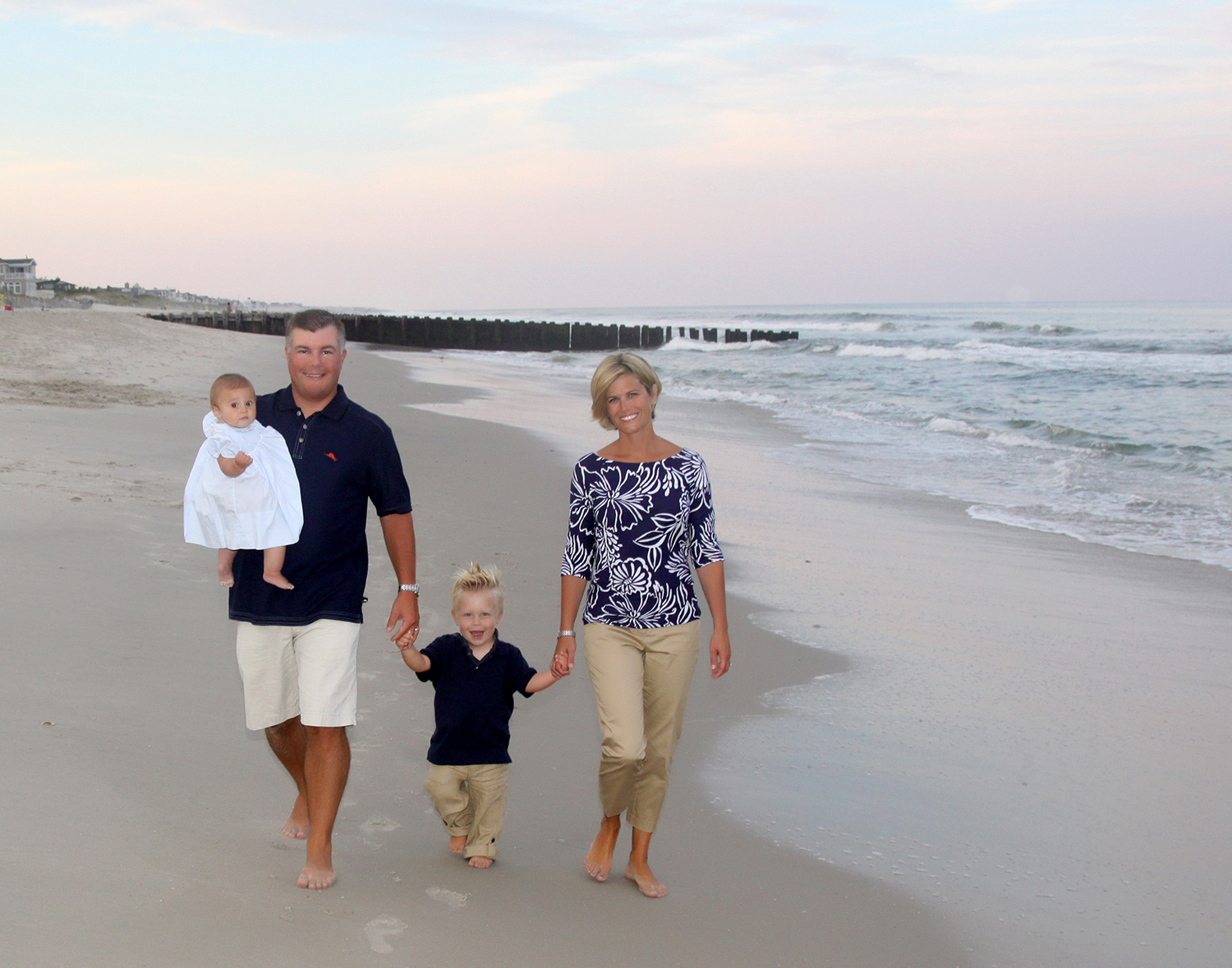 Take A Look At Some Images From Session In Lbi To Find Out More Information About My Family Portrait Photography Contact Me 800 757 3491 Or Email