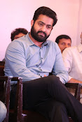 jr ntr photos at janatha garage success meet-thumbnail-18