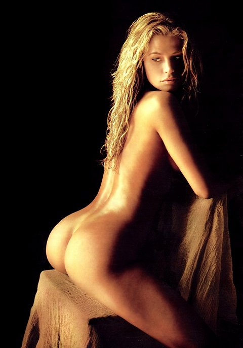 Nude pictures of kristy swanson guy! love