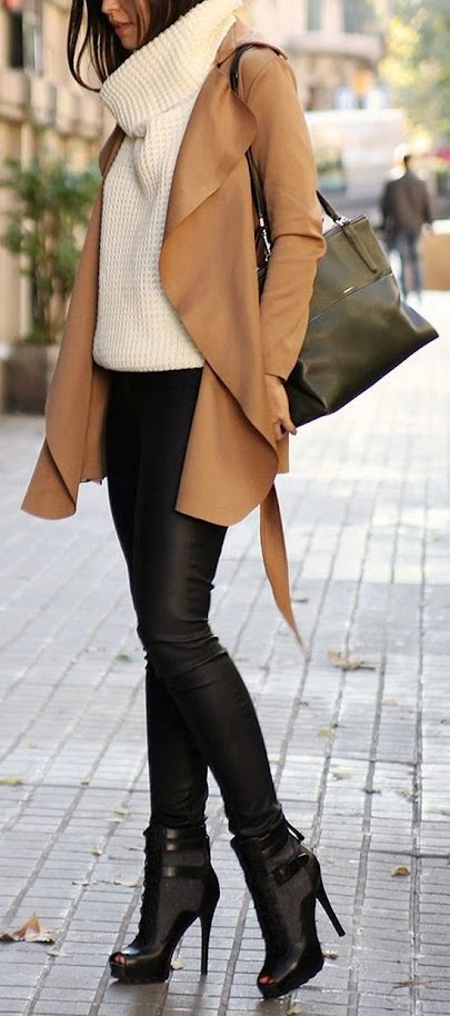 Casual outfit idea with camel cardigan, oversized knitted sweater and jeans for Deep Autumn women