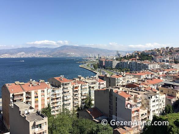 tarihi Asansör'den İzmir manzarası