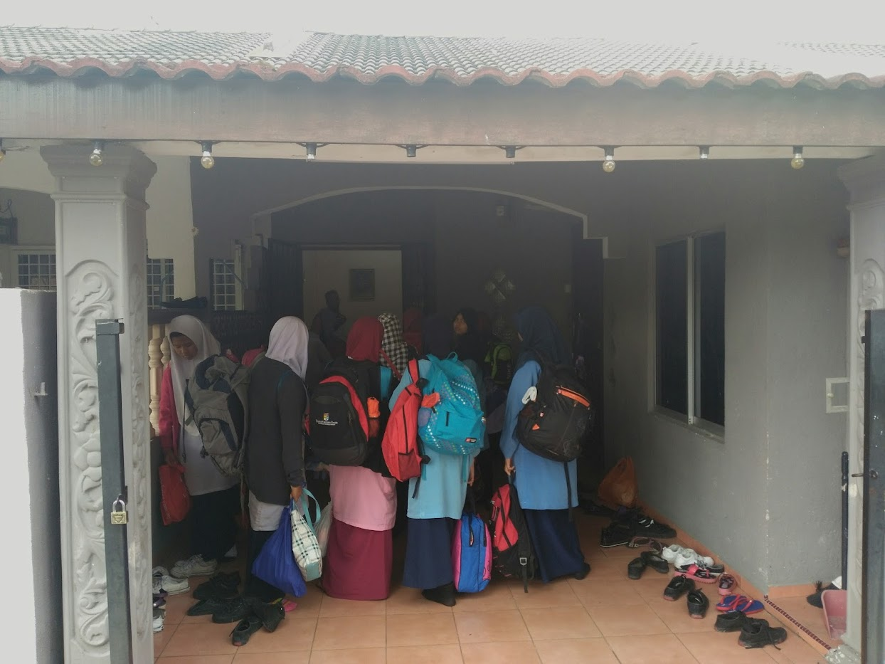 Rombongan Sekolah Ke Melaka