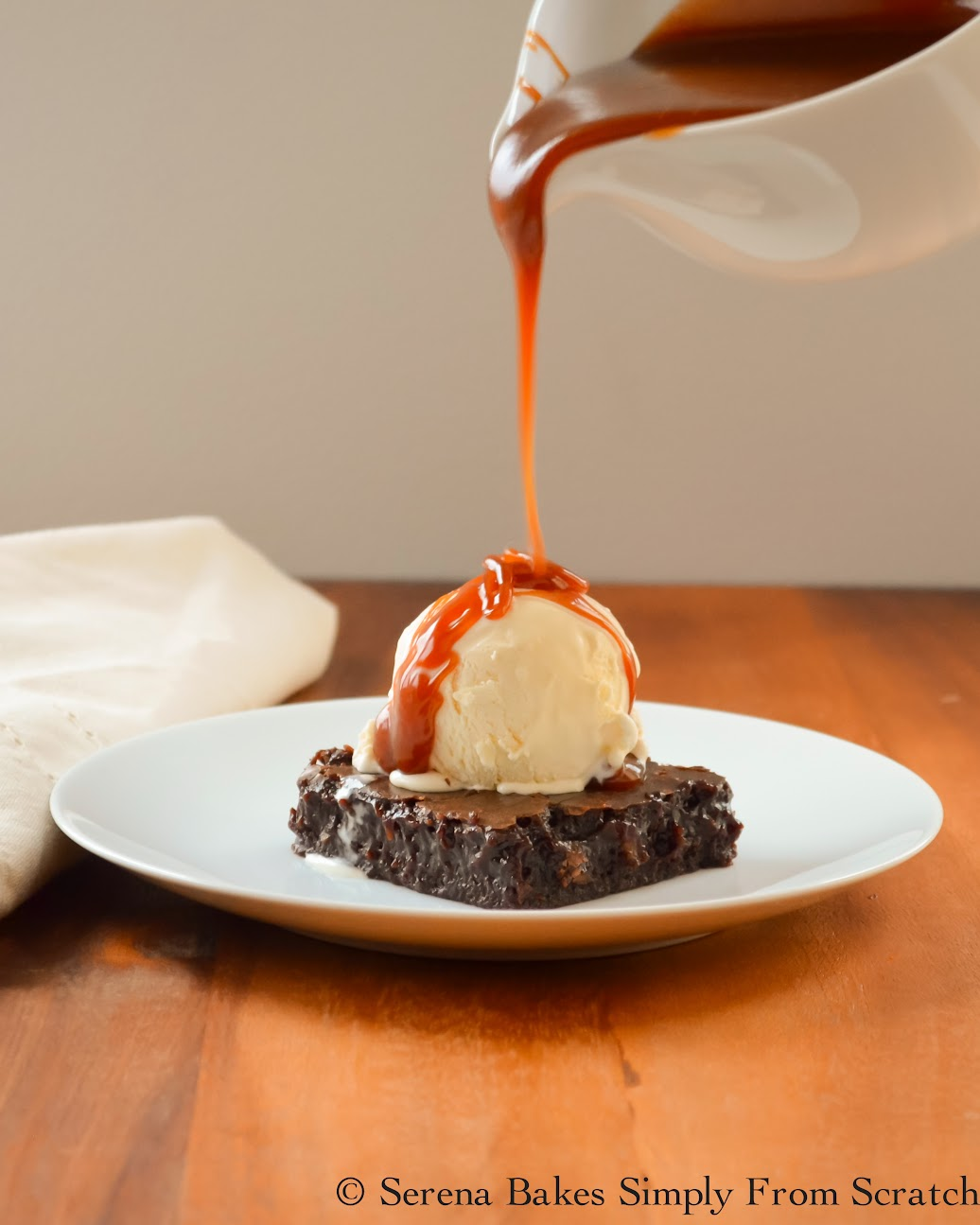 Hawaiian-Host-Dark-Chocolate-AlohaMac-Brownies-Ice-Cream-Caramel-Sauce.jpg