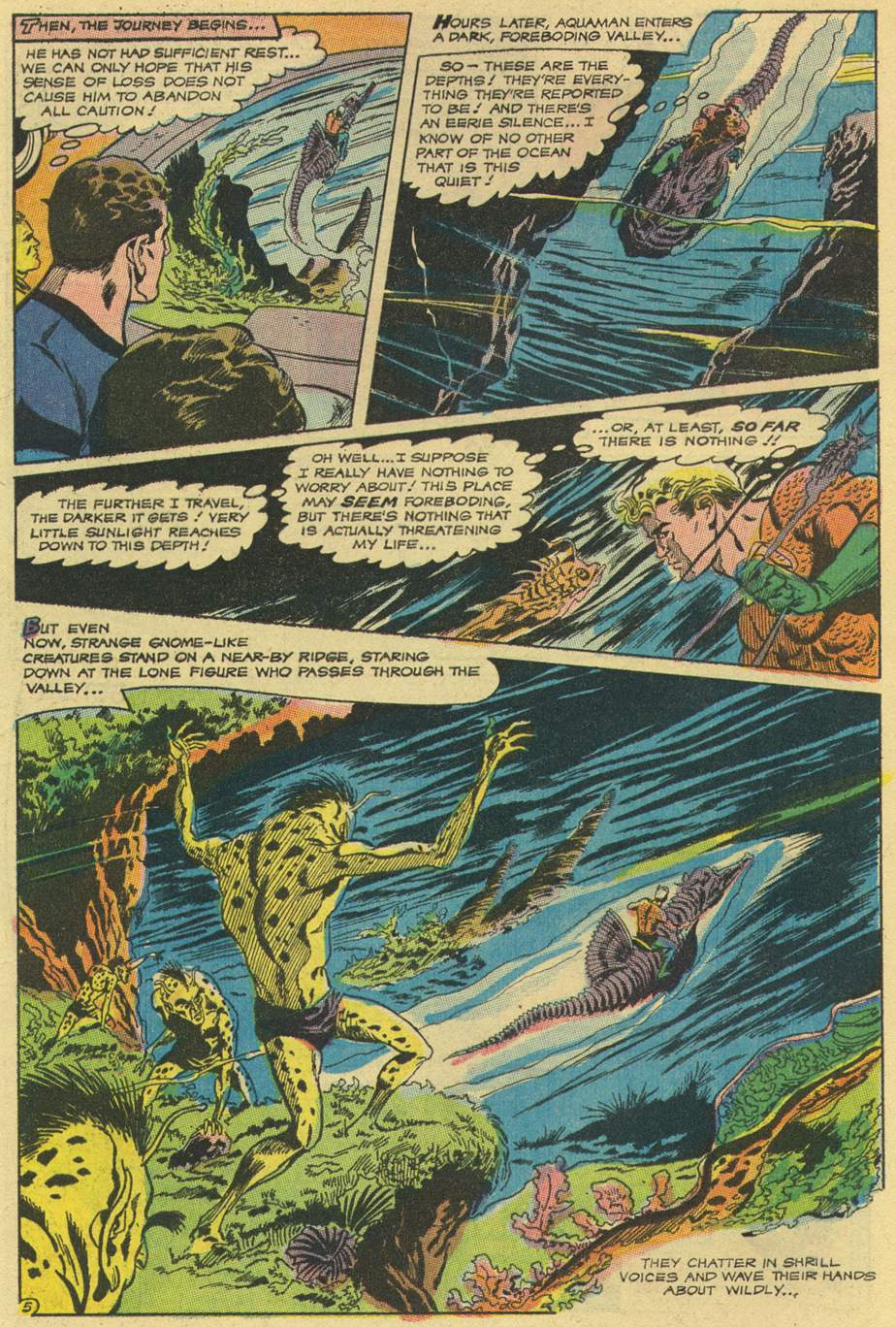 Read online Adventure Comics (1938) comic -  Issue #492 - 17