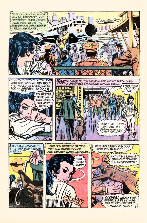 Read online Wonder Woman (1942) comic -  Issue #196 - 10
