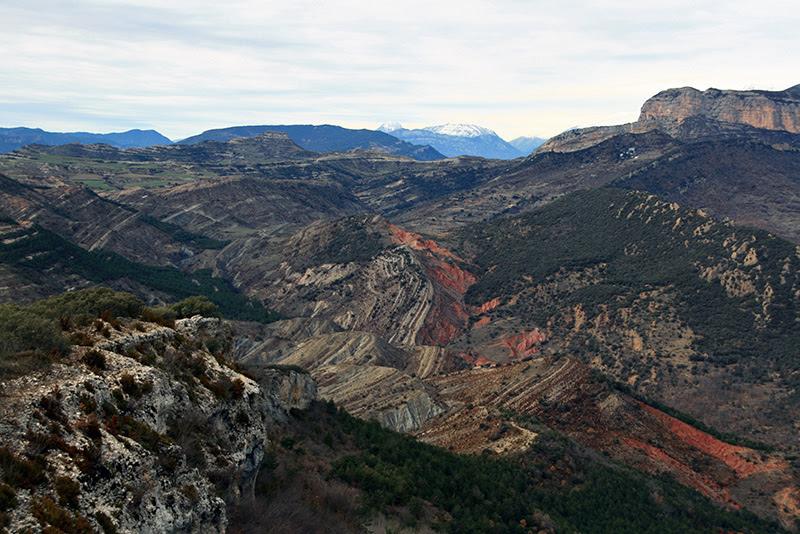 http://www.biodiversidadvirtual.org/geologia/Borde-norte-de-la-Cuenca-de-Graus-Tremp-img7554.html