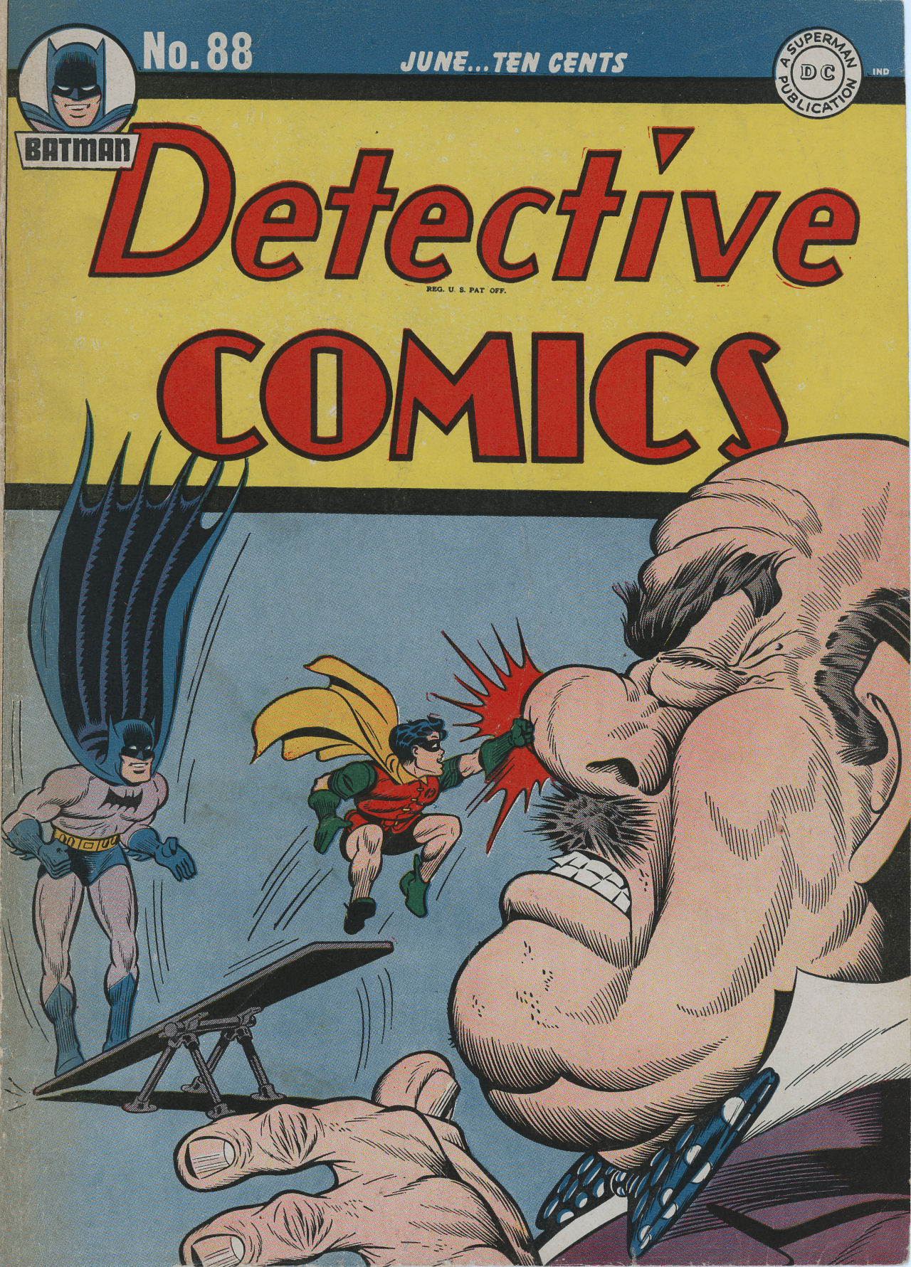 Read online Detective Comics (1937) comic -  Issue #88 - 1