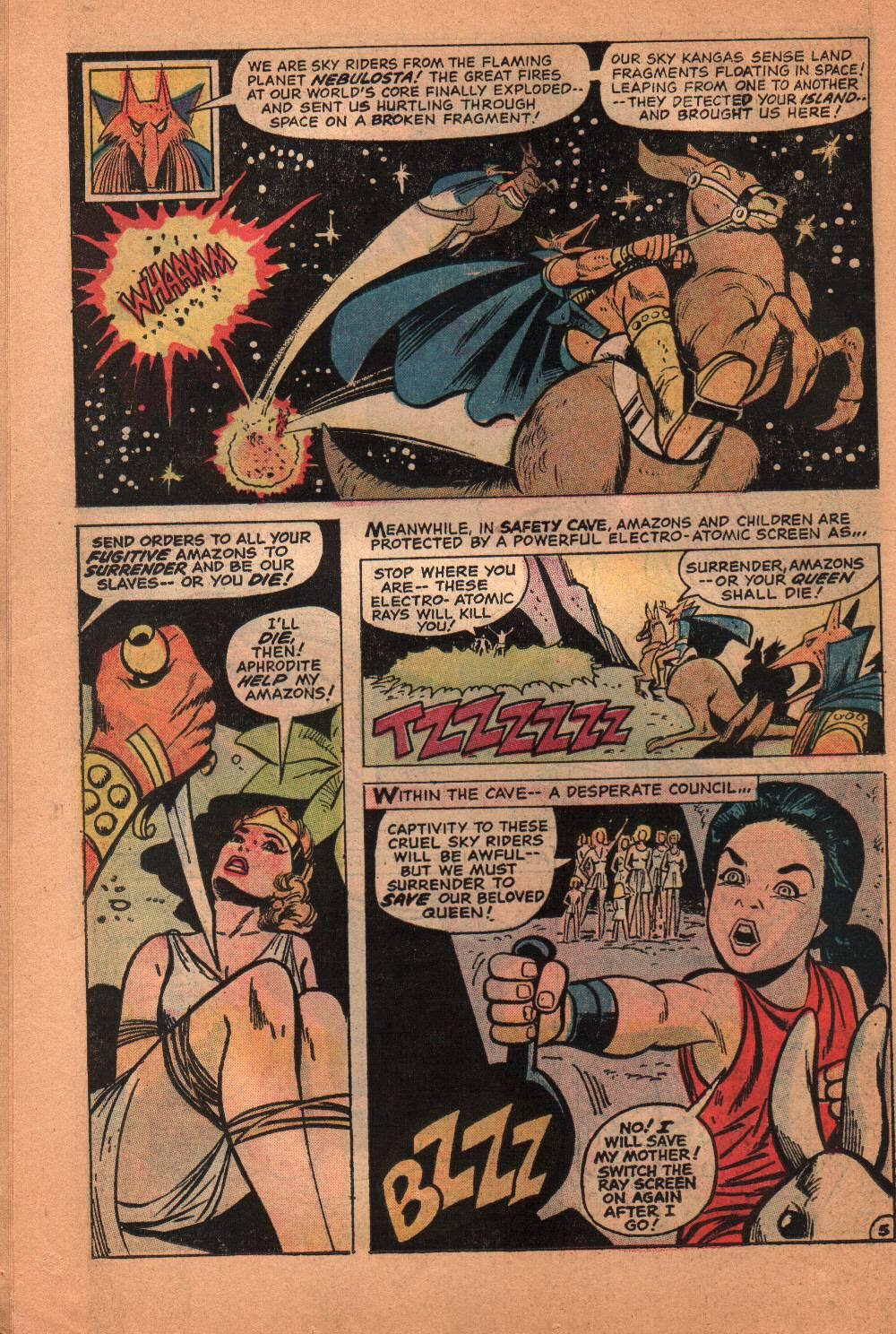 Read online Wonder Woman (1942) comic -  Issue #209 - 25