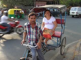 Ciclorickhaw, Nueva Delhi, New Delhi, India, vuelta al mundo, round the world, La vuelta al mundo de Asun y Ricardo
