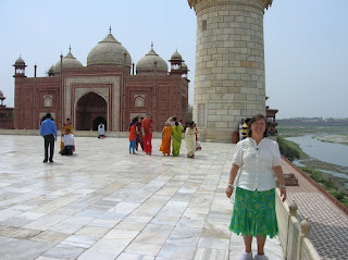 Otros edificios, Taj Majal, Agra, India, vuelta al mundo, round the world, La vuelta al mundo de Asun y Ricardo